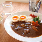 Cafe hitode☆notes - 料理写真:半熟ゆで卵のマサラカレー
