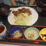 キッチンくま - 生姜焼き定食