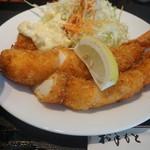 キッチンくま - じゃんぼ海老フライ定食