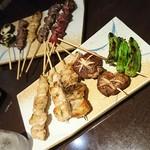 個室×鶏料理 鶏こまち さかいや - 焼鳥バラエティー10本盛
