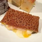 鎌倉やさいとRiche - ガレットコンプレット@ガレットにハムチーズ卵がトロリ