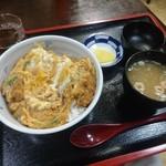 海鮮、定食、天ぷらと酒 舟源 - 蓮華付いてきました