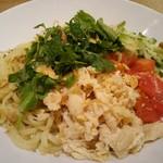 56574637 - 塩鶏香菜涼麺