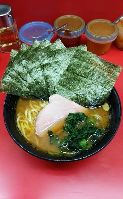 杉田家 - ラーメン650円麺硬め。海苔増し70円。