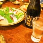味楽 - 青魚三点盛 & 冷酒