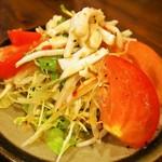 味楽 - 付き出し(烏賊サラダ)