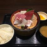 旬鮮魚と個室和食 膳屋 - 本日の刺身定食980円