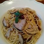 56584089 - いろいろキノコとカツオのスパゲッティーニ