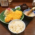 とんかつ処 浜田屋 - 料理写真:ダブルロースかつ定食(2016年9月25日)