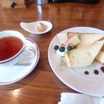 CAFE DROME - シフォンケーキセット