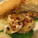 ドトールコーヒーショップ - ミラノサンド ・豆腐ハンバーグとレンコンきんぴら~特製みそソース~ 450円