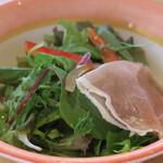 ソリッソ - 和風ドレッシングのサラダ
