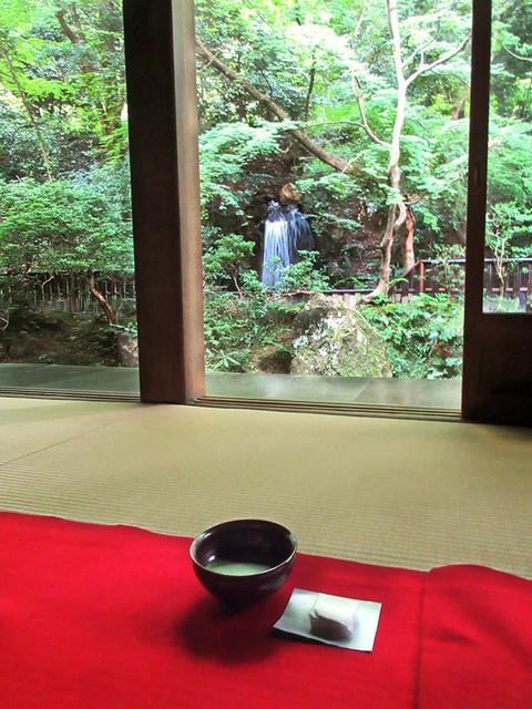 南禅寺 - 「清涼の滝」から綺麗な音