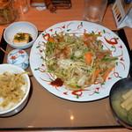 やよい軒 - たっぷり野菜の肉野菜炒め定食 790円