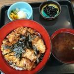 福せん - 焼き鳥丼
