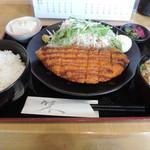 Misaki - ランチのチキンカツ定食