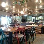 桃の農家カフェ ラペスカ - 店内