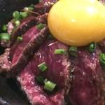56609413 - 黒毛和牛たたき丼+佐賀三瀬村卵
