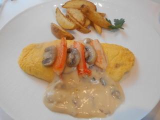 サロン・ド・テ ロザージュ - ずわい蟹とマッシュルームのオムレツ