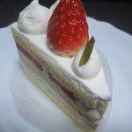 ラ トリエ ドゥ フラウ - いちごのショートケーキ