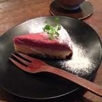 aunt MIMI - ラズベリーとプレーンのダブルベイクドチーズケーキ