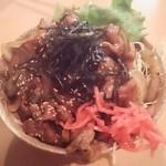 56614919 - 豚丼