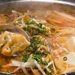 スリランカ料理専門店 居心地屋REON - チゲ鍋
