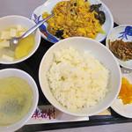 桃花村 - 【ランチ】 キクラゲ卵肉炒め \800