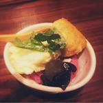酒小屋 ろぐ亭 - 季節のアイス(栗とぶどう)