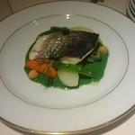 56621901 - 魚のエチェベ 同じ魚でも調理次第で鮮やかに