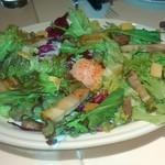 56621917 - サラダ 食感が充分あって美味しい