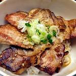 56622582 - 「四元豚の豚丼」のメイン(2016年9月)