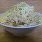 ラーメン二郎 - 料理写真:ラーメン ニンニク