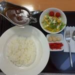 レストラン あさやホテル - 料理写真:あさや特製 和牛カレー980円