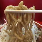 ラーメン タロー - 【2016.9.22】加水率低めのワシワシ太麺。