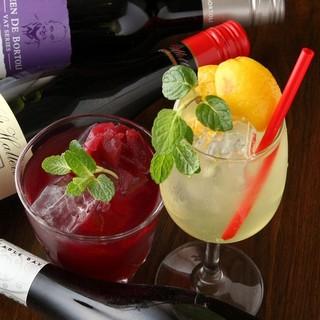 【樽生ワイン】×【季節のフルーツ】かなりこだわってます!