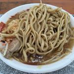 らーめん 526 - 麺 (大久保公園「ガーリックパラダイス」)
