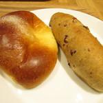 ブロートバール セセシオン - クリームパン・大納言と胡桃のパン