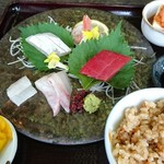 和ダイニング 蘭 - 料理写真:日替わり お刺身定食