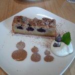 空色カフェ - ダークチェリーケーキ