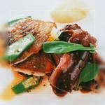 レストラン ソワニエ - 鮮魚と牛肉のポワレ盛り合わせ