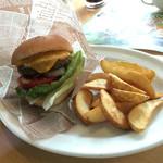 炭焼きレストランさわやか - チーズバーガー&ドリンク