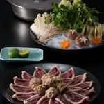 割烹 天ぷら 三太郎 - 鴨鍋¥4,500  *写真は2人前になります