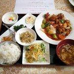 東方美食 - Aランチ 酢豚