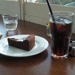 カフェ ロワン - ガトーショコラとアイスコーヒー
