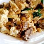 三笠 - 「牛肉ととうふのニンニク炒め」アジクーターな味付け