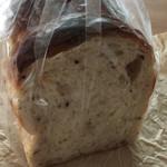 56689127 - 十穀食パン