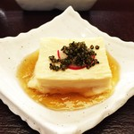 Kyoutogiontempurayasakaendou - 湯葉豆腐