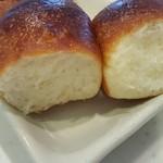 ベーカリーコネル - ちぎりパンをちぎりました