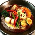 カフェ ハンキードリィ - 料理写真:温野菜とハンバーグの土鍋シチュー 1400円